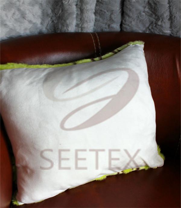Concavo-convex flower pattern faux fur pillow