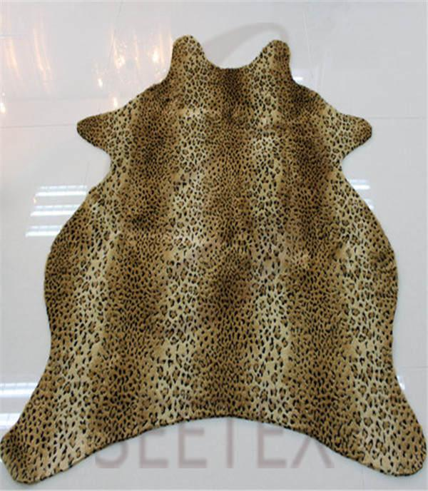 Textured leopard faux fur rug