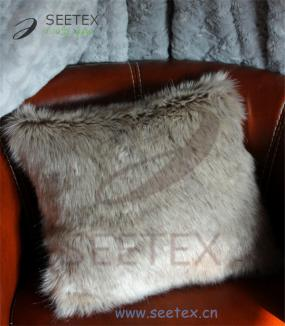 Faux fur pillow-- the decorations of indoor